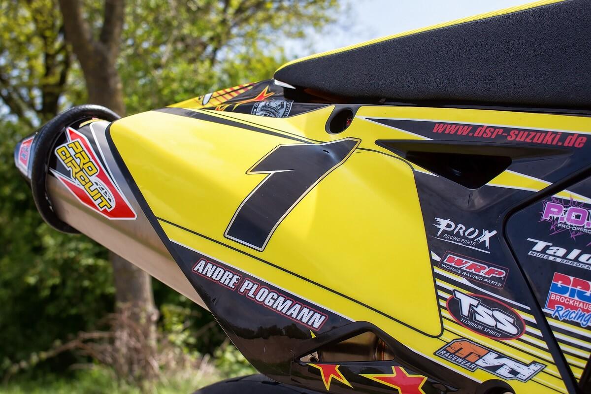Die Kunststoffteile hat Suzuki 2008 eingeführt.
