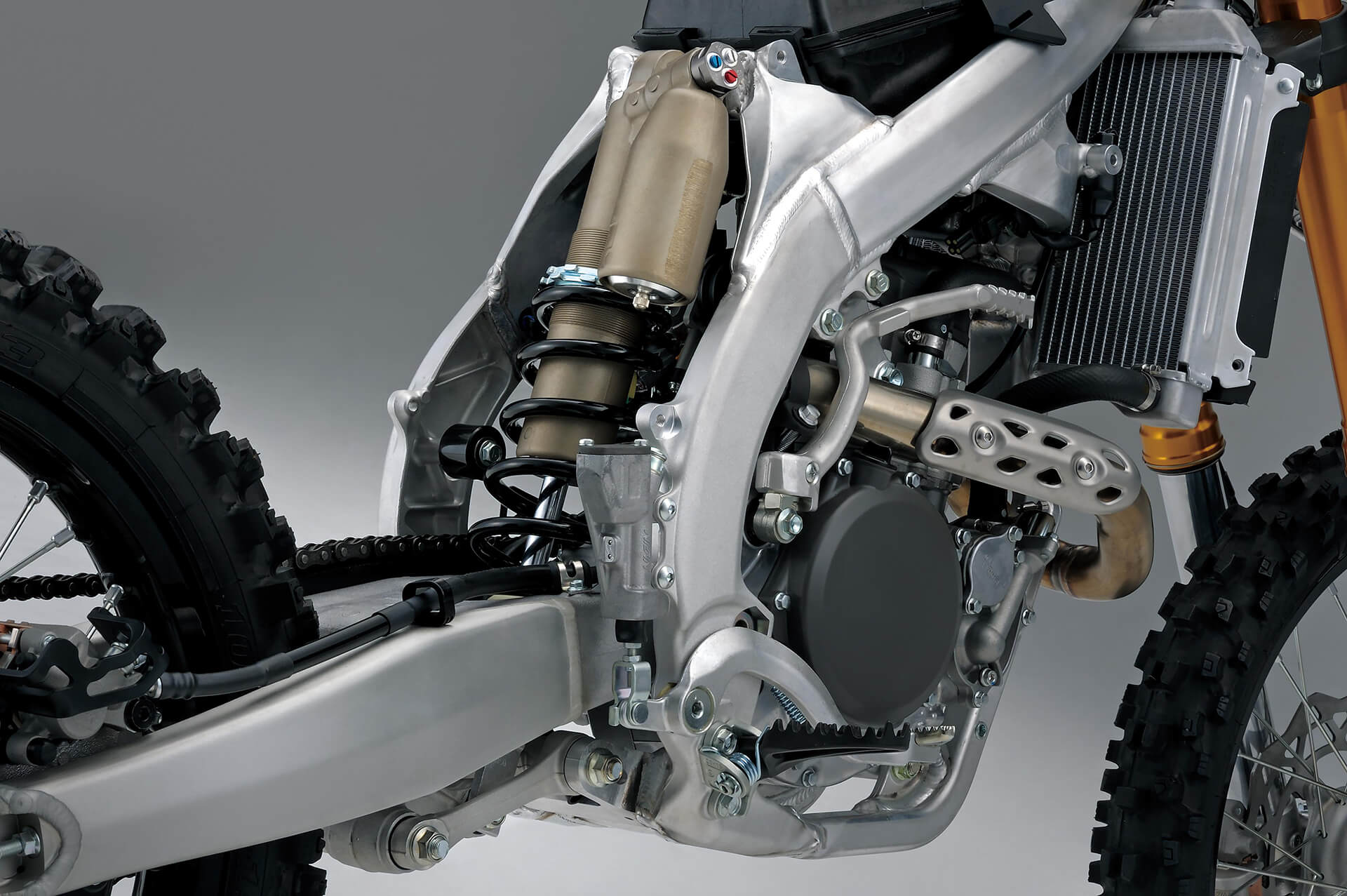 Single-Shock der Suzuki RM-Z250 2019